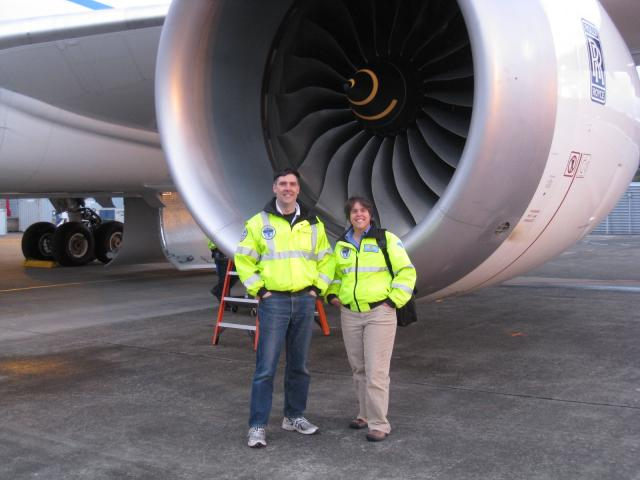 Tom_and_Heather_Ross_after_his_first_787_flight_110413.JPG
