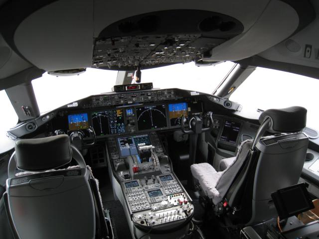ZA004_Flight_Deck.JPG