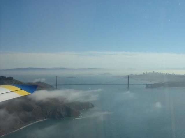 zGolden_Gate_from_Invictus_041006.JPG