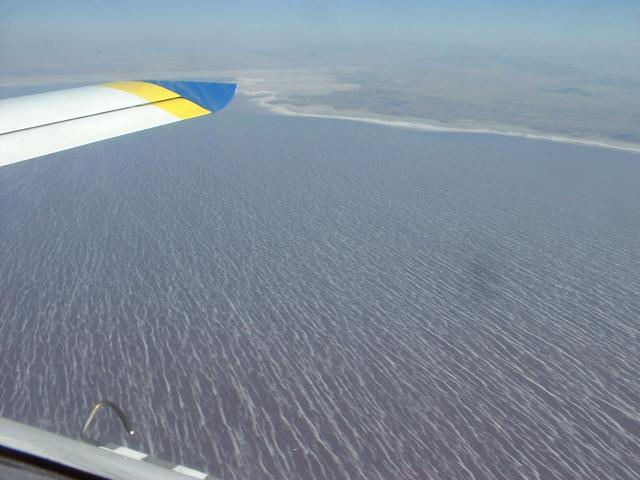 zWind_streaks_on_the_great_Salt_lake_090920.JPG